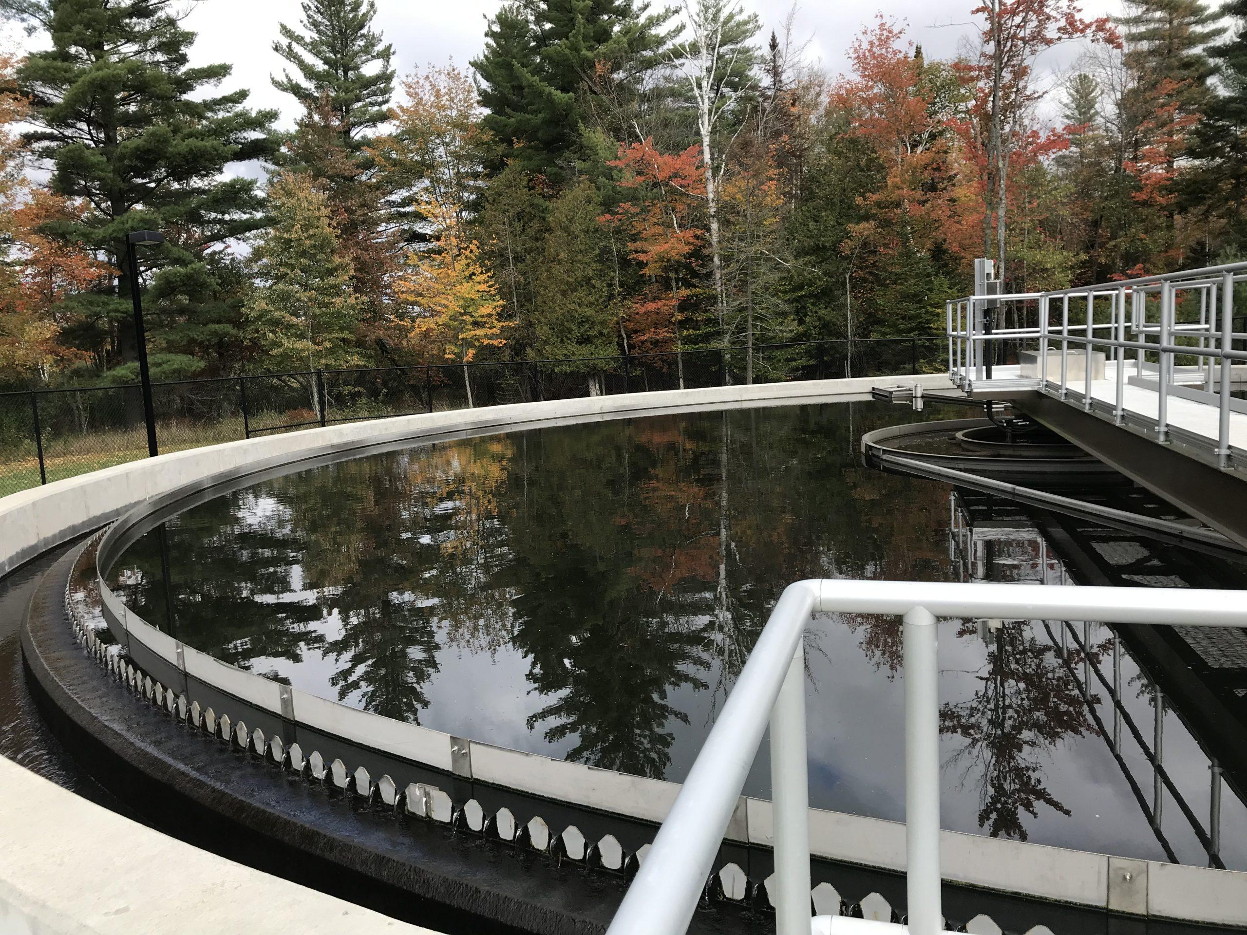 Image of water basin.